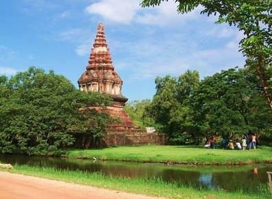 北部南奔府佛塔 - 泰国